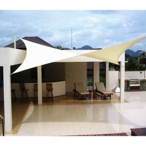 Real Scene Effect of 180GSM PE-Permeable No Grommet Curved Rectangle Sun Shade Sail