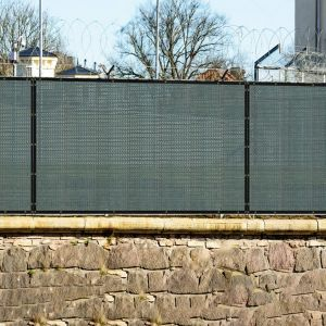 Real Scene Effect of 250GSM Vinyl Dark Green Privacy Fence Screen